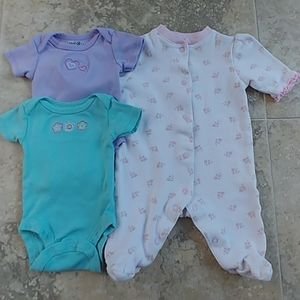 Lot of 3 newvorn one pieces